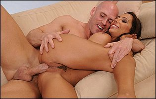 Young Lela Star is having a hot sex with Johny Sins