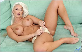 Blanche Bradburry takes off her sexy underwear and dildofucks her tight twat