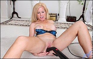 Horny blonde mom Georgie pleasuring her cunt