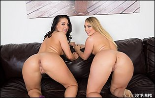 Hot beauties AJ Applegate and Gracie Glam dildoing each other pussy