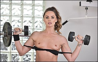 Gorgeous sporty girl Tori Black presents her fit body