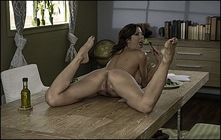 Gorgeous brunette MILF Alexis Fawx teasing with tight nude body in kitchen