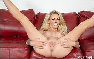 Gorgeous blonde Isabelle Deltore getting nude and spreading legs