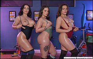 Three sporty girls Gia Paige, Kimber Woods and Violet Smith exposing their hot bodies