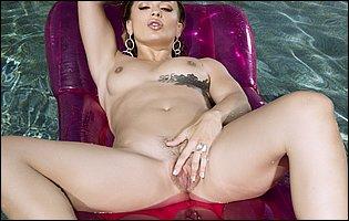 Sloan Harper loves showing her hot nude body outdoor