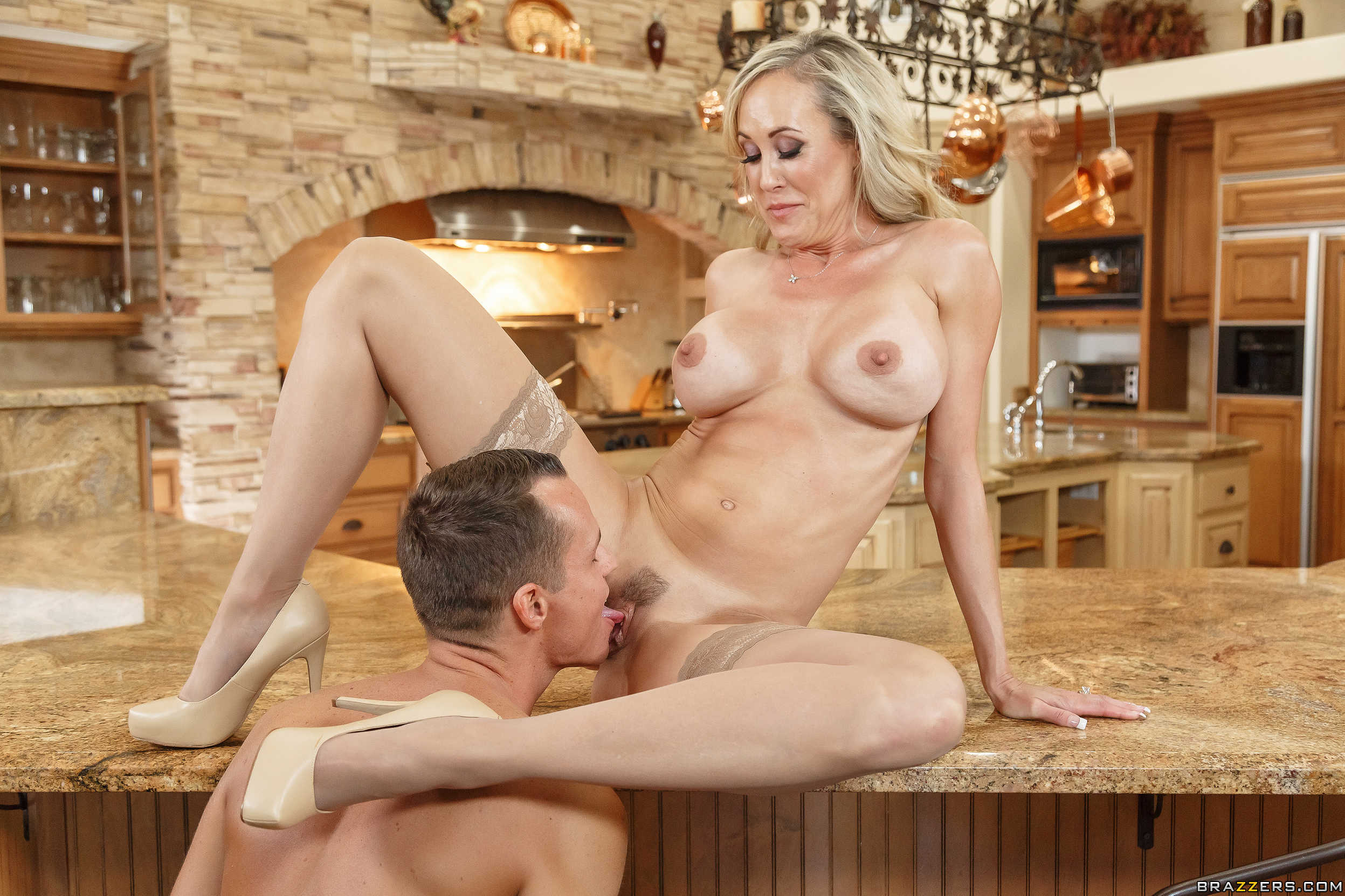 Lusty milf tiffany rousso gets her pussy licked and nailed hardcore