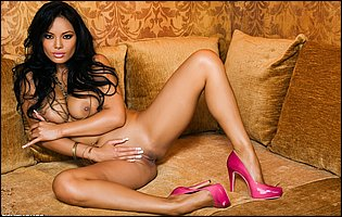 Busty latina beauty Justene Jaro in pink high heels loves posing for camera