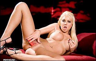 Pretty blonde Shawna Lenee dildofucks her tight cunt