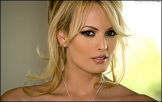 Pretty blonde Stormy Daniels exhibits her amazing body