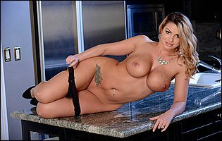 Brooklyn Chase loves teasing with awesome body in the kitchen