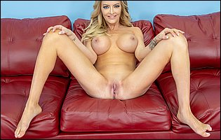 Gorgeous blonde Linzee Ryder getting nude in front of the camera