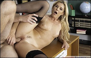 Sexy blonde teacher India Summer seduces a handsome student