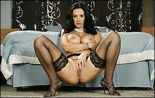 Jayden Jaymes in sexy black underwear and stockings loves teasing